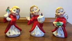 Set of 3 vtg Christmas angel figurines w/ gold stars on red robes Japan