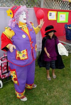 birthday party magic show with www.pocketstheclown.ca