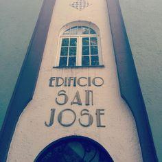 #ArtDeco typo letter #architecture #México