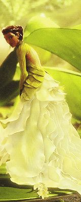 Pin By Sara Jepsen On Epic Queen Dreamworks Movies Fairy