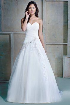 Diagonal embellishment gown sweetheart neckline