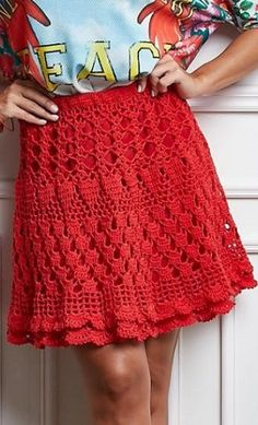 Red skirt crochet
