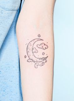 and cloud tattoo - The *most* beautiful moon tattoo I have ever seen by on IG! -Moon and cloud tattoo - The *most* beautiful moon tattoo I have ever seen by on IG! Dope Tattoos, Ocean Tattoos, Pretty Tattoos, Mini Tattoos, Beautiful Tattoos, Body Art Tattoos, Small Tattoos, Sleeve Tattoos, Beautiful Moon