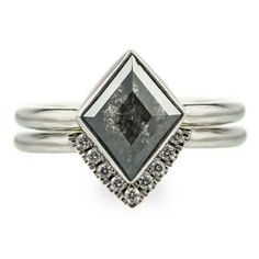 Unique-black-diamond-geometric-engagement-ring  pointnopointstudio.com