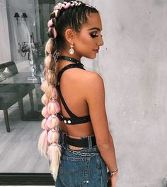 Festival braids pink festival braid, music festival hair, festival make Festival Braid, Music Festival Hair, Blonde Box Braids, Braids For Long Hair, Box Braids Hairstyles, Cool Hairstyles, Hairstyle Ideas, Festival Hairstyles, Hair Inspo