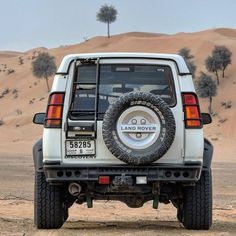 A handsome Discovery II Land Rover Discovery Off Road, Land Rover Off Road, Discovery 2, Bug Out Vehicle, Life Car, Off Road Adventure, Camping Style, Range Rover, Campervan