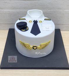Airplane Birthday Cakes, Birthday Cake For Him, Cute Birthday Cakes, Men Cake, Cakes For Men, Fab Cakes, Cute Cakes, Fondant Cupcakes, Cupcake Cakes