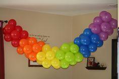 Over The Rainbow Party - Easy to Make Rainbow Balloon Banner Rainbow Birthday Party, Rainbow Theme, Birthday Party Themes, 2nd Birthday, Rainbow Colors, Taste The Rainbow, Over The Rainbow, Rainbow Party Decorations, Wedding Decorations