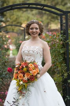 I love her hair and her bouquet