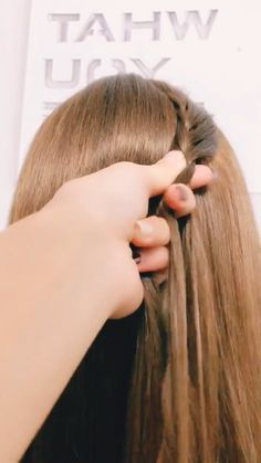 hairstyles for long hair videos Hairstyles Tutorials Compilation 2019 Part 82 short hair styles for girls - Hair Style Girl Easy Hairstyles For Long Hair, Braids For Long Hair, Pretty Hairstyles, Girl Hairstyles, Braided Hairstyles, Hairstyles Videos, Easy Elegant Hairstyles, Kids Hairstyle, School Hairstyles