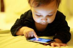 El teléfono: Un arma de dos filos para nuestros hijos | Blog de BabyCenter