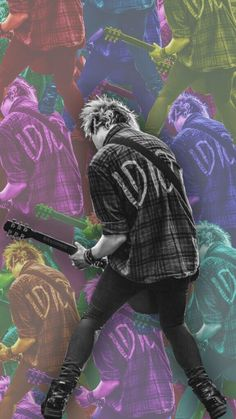 Michael Clifford from 5sos lockscreen {From lokscreens on Twitter}