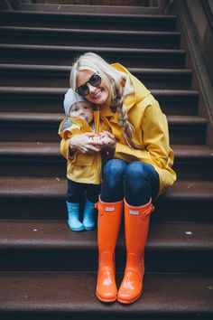 matching in hunter rainboots. too cute!