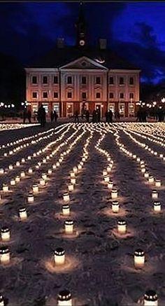 Candles in Tallinn, Estonia for murdered Ukrainians.