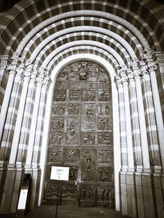 Dom zu Speyer, Haupteingang