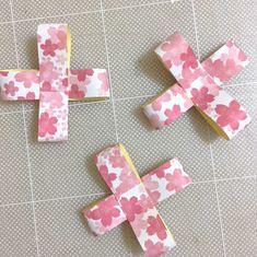 卒園にピッタリ!100均で桜ロゼット | Thankyou Works Blog Gift Wrapping, Symbols, Letters, Gifts, Creative, Craft, Gift Wrapping Paper, Presents, Icons