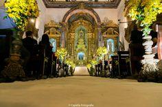 Meu DIa D - Casamento Clássico Gabi - Cerimônia Igreja Decoração Amarela (17)