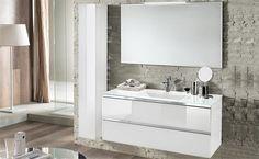 Componibili bagno di design, con maniglie a gola cromate e lavabo in vetro il tutto completato dallo specchio con led integrato. Inoltre, secondo le vostre esigenze, è possibile aggiungere anche una colonna con apertura push-pull a lato nello stesso colore bianco del componibile sospeso.Componibile bagno composto da: base 120x46x53 specchio con LED 120x70.