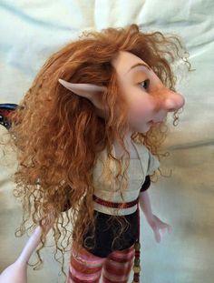 Facebook: Taller Oberón Magical Creatures, Fantasy Creatures, Beautiful Creatures, Dragons, Kobold, Elf Doll, Elves And Fairies, Fairy Figurines, Baby Fairy