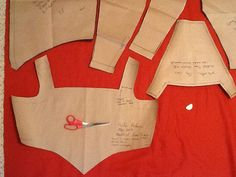 GREAT site for DIY medieval and renaissance costuming (even the patterns are DIY!)  -Aww, someone liked my site!