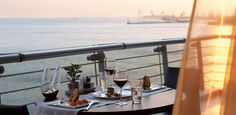 Want to rekindle romance with your other half? Book a evening of private dinning and enjoy your moments together! Rekindle Romance, Thessaloniki, Bath Caddy, Luxury Living, In This Moment, Live, Book, Book Illustrations, Books