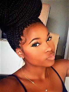 On adore les Patras chez Be Nappy, et nos coiffeuses sont là pour les réaliser à la perfection pour vous. Retrouvez toutes les coiffures proposées sur benappy.fr/book/    #nappy #afro #hair #benappy #hairstyle #black #noir #paris #france #black #blackness #blackhair #nappyhair #afrohair #afrostyle #naturalhair #braids #tresses #afrohair #nattes #cheveuxcrepus #afrohairtsyle #africanbeauty #curlyfro #coiffureadomicile #cheveuxnaturels #afro