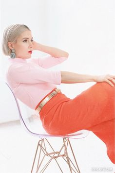 STYLE //Blush & Mandarin Color Block Outfit - Riva la Diva New Outfits, Fashion Outfits, Color Blocking Outfits, Burda Patterns, Love Sewing, Put On, New Trends, Wide Leg Pants, Red And Pink