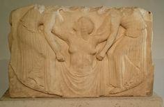 《ヴィーナスの誕生》紀元前460年頃、ギリシャ。ローマ国立博物館、アルテンプス宮殿