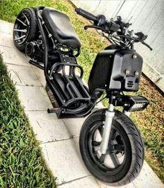 Fun in the Sun! Motorcycle Types, Motorcycle Bike, Scooter Custom, Custom Bikes, Concept Motorcycles, Cars And Motorcycles, Honda Ruckus, Motorised Bike, Bike Engine