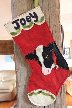 Christmas Cow Stockings - felt project for Kati Cowboy Christmas, Kids Christmas, Handmade Christmas, Cow Ornaments, Christmas Ornaments, Felt Diy, Felt Crafts, Christmas Projects, Holiday Crafts