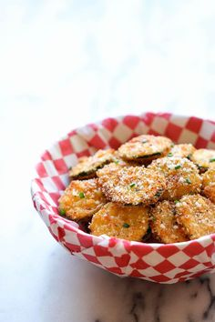 Zucchini Parmesan Crisps Are the Perfect Summer Appetizer — Delicious Links