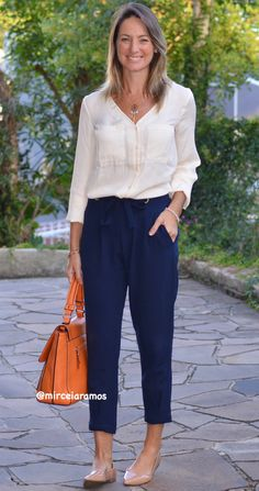Work look - Look of the day - Corporate look - Fashion at work - Work outf . Edgy Outfits, Office Outfits, Fashion Outfits, Over 50 Womens Fashion, Trendy Fashion, Trendy Style, Office Fashion, Work Fashion, Look Office