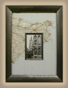 A simple mat board and frame setup just don't do your vacation photos justice.Decorate your mat board with a map of the place you visited for a unique look! Cuadros Diy, Map Crafts, Creation Deco, Travel Wall, Custom Framing, Diy Home Decor, Art Projects, Gallery Wall, Frame Gallery