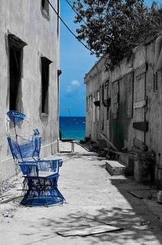 Alley to the Sea, Curacao
