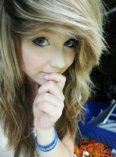 Nerdy blonde teen emo girl
