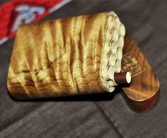 Premium Custom cigarrera de madera, madera Burl CNC Uni-cuerpo, tapa desmontable y cierre de imán, patrón grabado personalizado