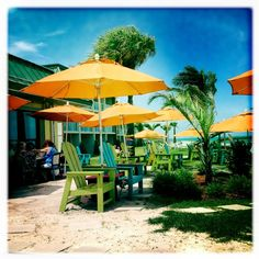 Mulligans, Vero Beach, FL  Had our first lunch here when looking for our home there!  Great food and outdoor eating!