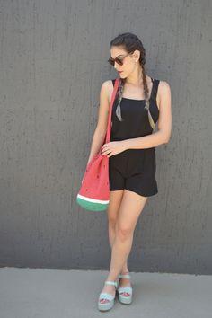 Bolsa de crochet MELANCIA | Mariana Mazzaro crochet | Modelo: Isa Bergamini