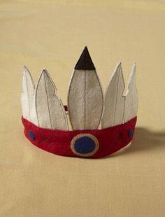 Couronne de plumes en feutrine : accessoire indispensable pour se déguiser en petit indien.DétailsDos élastiqué sous tissu. Taille unique. MatièreFeut
