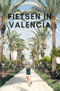 Radfahren in Valencia - Vakantie - Burlap Wreath Travel Pictures, Travel Photos, Travel Tips, Places To Travel, Places To Visit, Moraira, Spain Travel, Travel Around The World, Beautiful Places