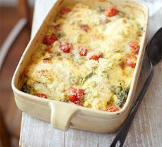 Smoked Haddock Gratin - or try it with white fish if you prefer. A rich and creamy fish pie that's packed with hidden vegetables like spinach and tomato - a family bake Bbc Good Food Recipes, Cooking Recipes, Yummy Food, Cooking Fish, Vegetarian Recipes, Healthy Food, Cooking Pasta, Savoury Recipes, Healthy Recipes