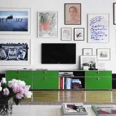 Link Love: Clever Ways to Camouflage Your Flat Screen