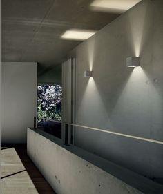Lampada da parete a LED a luce diretta e indiretta DRACO by PANZERI