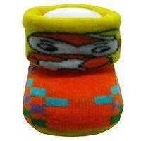 KB adalah kaos kaki lipat dalam kemasan sepatu dengan gambaran lucu cocok untuk bayi laki-laki atau perempuan usia 0-6bln.  Warna: hijau, biru, pink, merah, kuning, orange Bahan: acrylic dan spandex  Harga Rp.63.500 / DZ http://kaoskaki.indosock.co.id/kb/