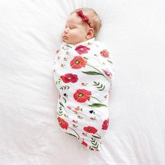 The swaddle blanket is pre-washed, breathable, versatile, and ultra soft. The fabric is made of natural fibres and is lightweight, breathes well and helps to regulate your baby's body temperature. The natural fibres make the blanket softer with each use and washing. Most importantly, muslin is known as a safer alternative to other fabrics to protect your baby from overheating and reducing the risk of SIDS. Uses include a floortime play rug, stroller cover, nursing shield, lightweight…