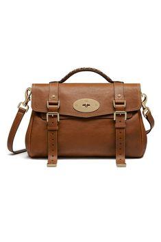 Los 25 bolsos de lujo más vendidos  el ranking de los deseos dc5a9c43bee