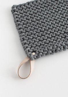 diy-knit-potholder