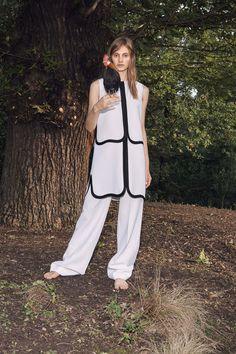 Victoria, Victoria Beckham Spring 2016 Ready-to-Wear Collection Photos - Vogue