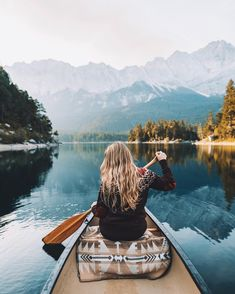 Mornings spent paddling through pitch black water in pure silence and waiting for the sun to paint everything golden.🌞🛶 Photo by Camping Aesthetic, Travel Aesthetic, Adventure Photography, Travel Photography, Backgrounds Wallpapers, Shotting Photo, Canoe And Kayak, Roadtrip, Foto Pose