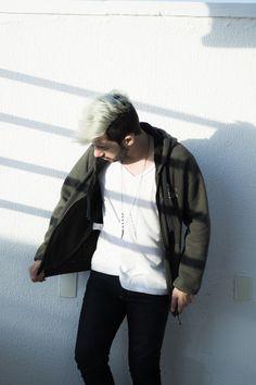 cabelo platinado masculino, hair silver.  Djanilton França - www.boyestilo.com